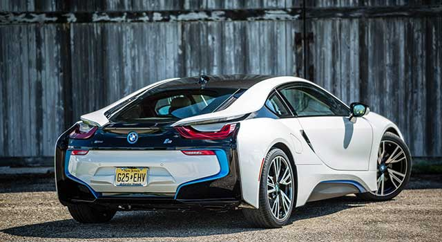 BMW i8 Hibrit 2017