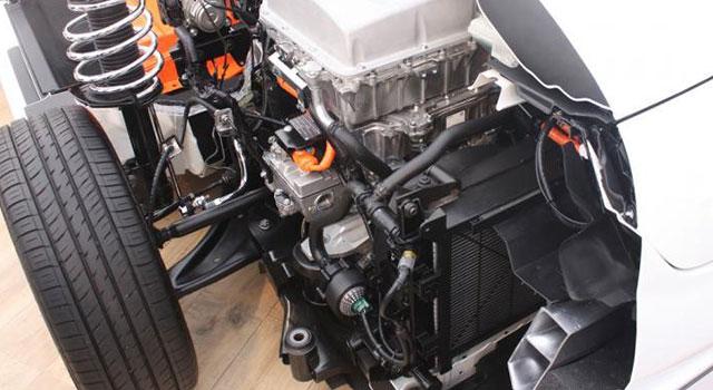 Elektrikli Araba Motoru Sistemi