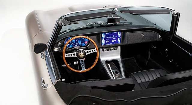 Jaguar Klasik E-Type İç Donanım