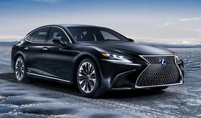 Lexus Elektrikli Araba
