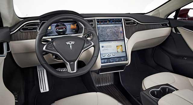 Tesla Model S İç Dizayn