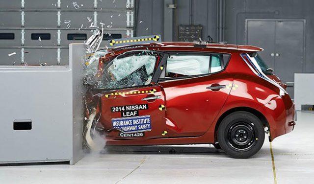 Elektrikli Arabalar Kaza Sonrası Yanar Mı? İşte Bazı Örnekler