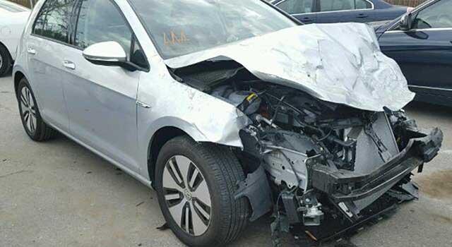 Volkswagen E-Golf Kaza Yangın